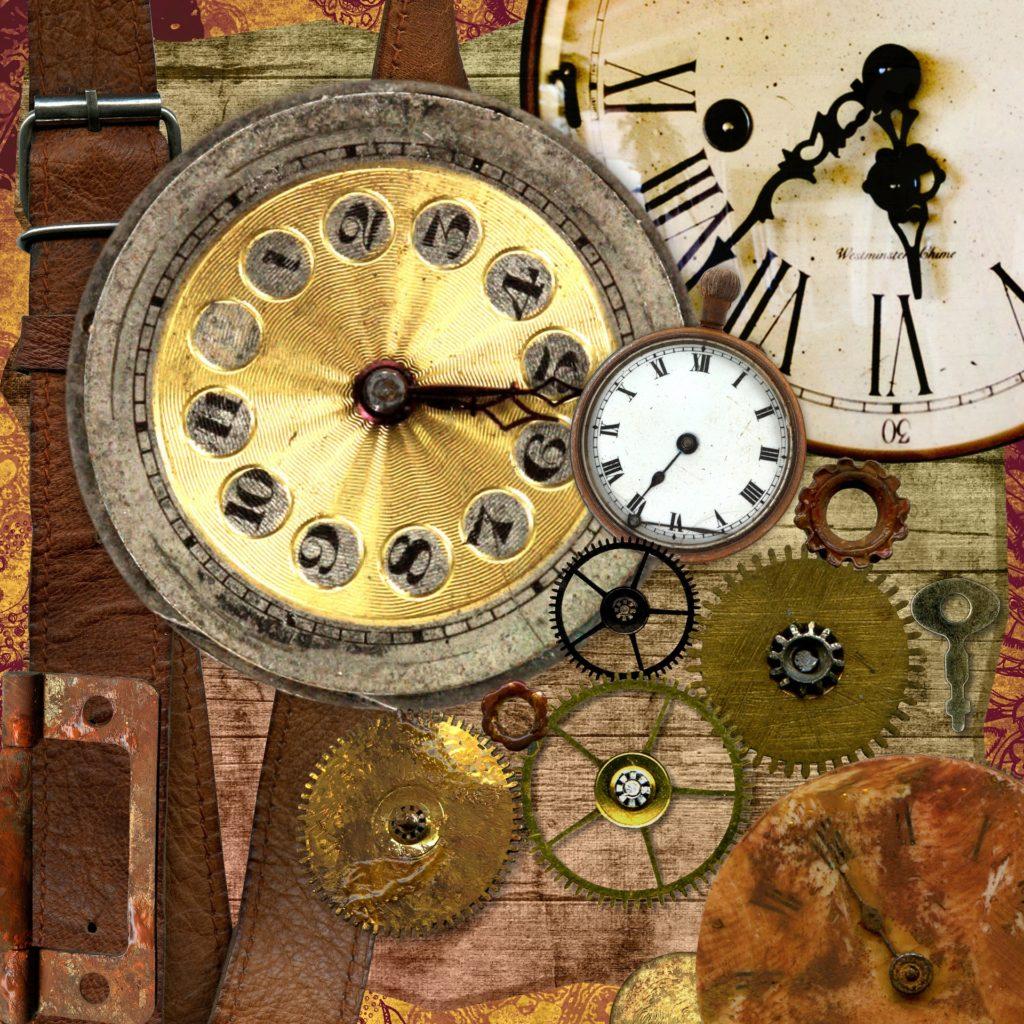 Ingranaggi e tre orologi vintage che segnano orari diversi